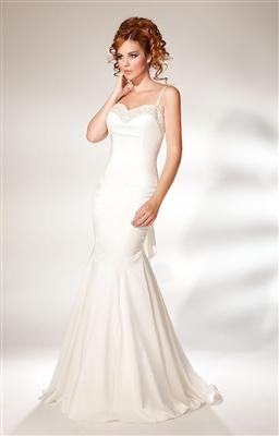 beyaz-dantelli-uzun-abiye-moda-elbise-dugun-giysisi