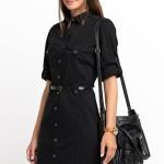 siyah-katlanir-kollu-diz-ustu-onden-dugmeleri-olan-elbiseler