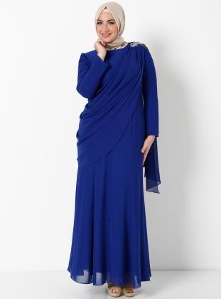 uzun-mavi-tasli-tesetturlu-dugun-maxsi-elbise-mavi